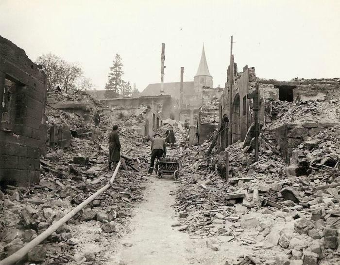 distruzione_città_tedesche.jpg
