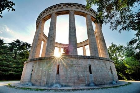 Monumento a Battisti