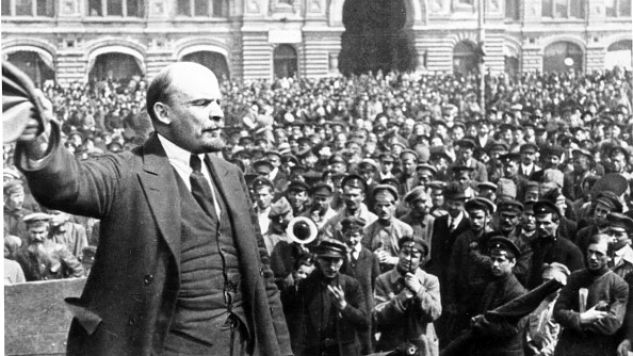 Lenin addressing vsevobuch troops on red square in moscow on may 25, 1919.