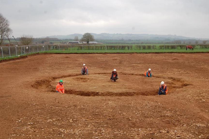 Inghilterra, scoperto un sito archeologico con cinque corpi umani ottimamente conservati